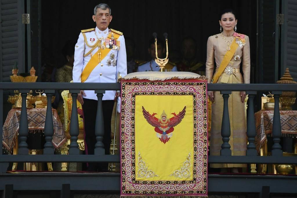 Король тайланда пхумипон адульядет: мудрец, вызывающий дождь