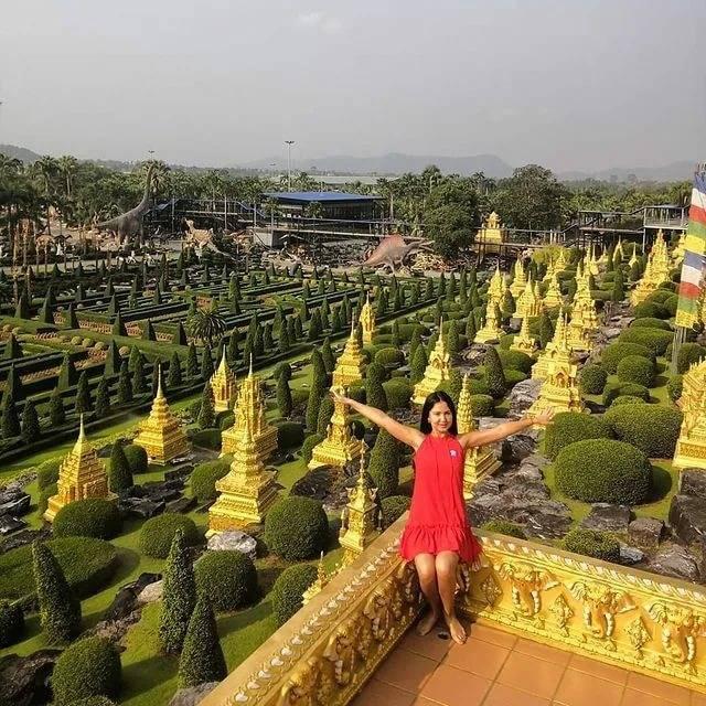 Парк нонг нуч в паттайе - микс тайских и европейских стилей