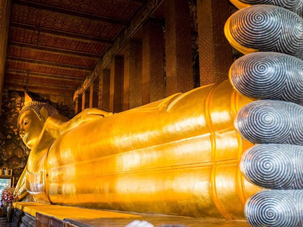 Лежачий будда в бангкоке — храм ват по