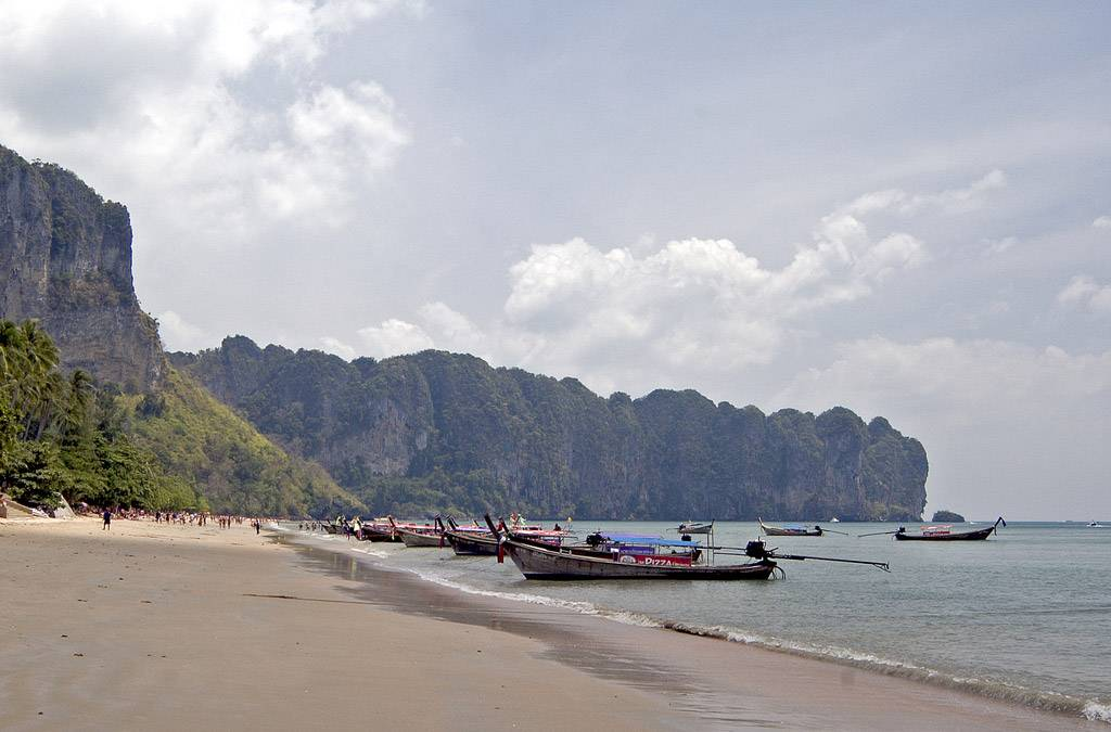 Ао нанг - курортный город в провинции краби