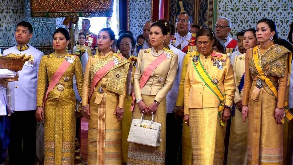 Рама 9, король тайланда