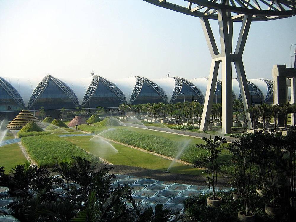 Как добраться до аэропорта бангкока и обратно?