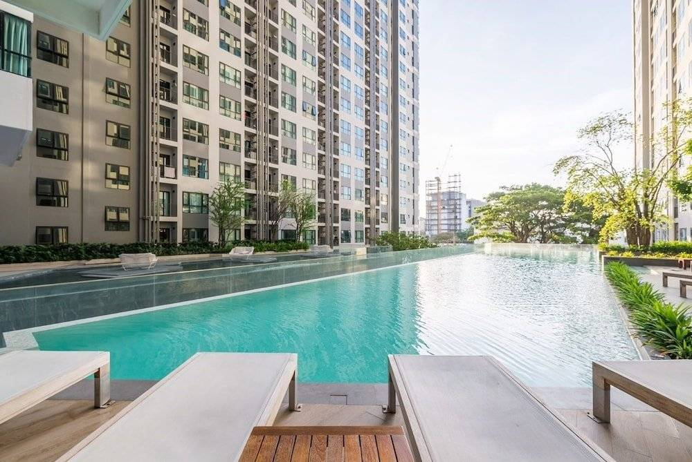 The base pattaya condo (таиланд паттайя) - booking.com