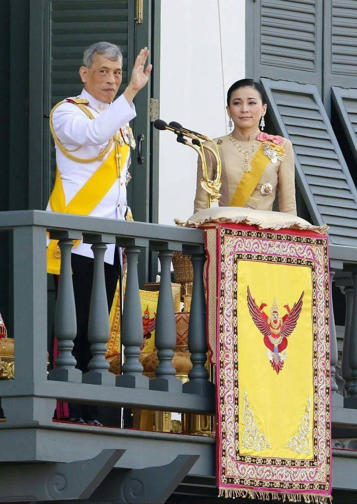 Король таиланда