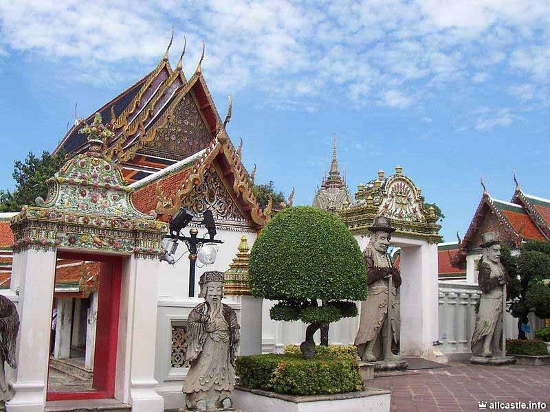 Ват по (wat pho) и храм лежащего будды в бангкоке | фото и видео