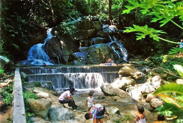 Водопады на острове пхукет