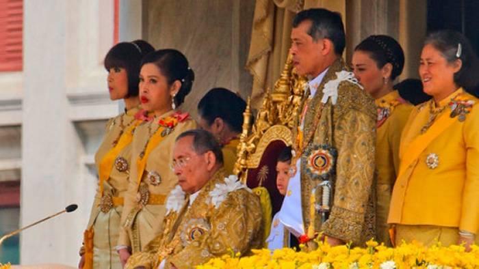 Маха вачиралонгкорн — фото, биография, личная жизнь, новости, король таиланда 2021 - 24сми