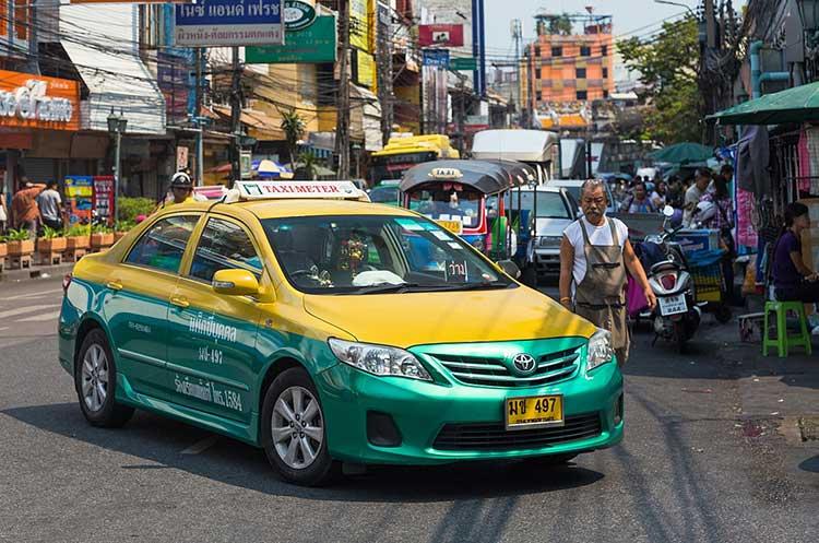 Как добраться из аэропорта бангкока в центр города
