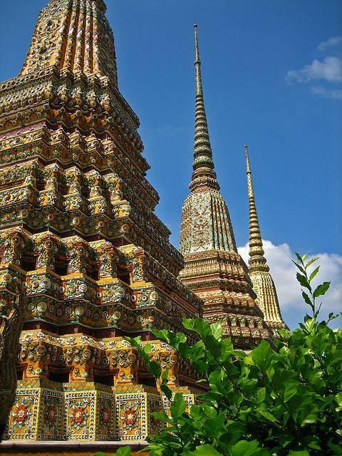 Храм лежащего будды(ват пхо) в бангкоке